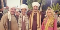 """أبطال مسلسل """"الواد سيد الشحات"""" على طريق مصر إسكندرية الصحراوي اليوم"""