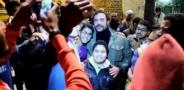"""جمهور محمد إمام من الأطفال يلتفون حوله وهو يعلق """"أحلى جمهور ده ولا إيه"""""""